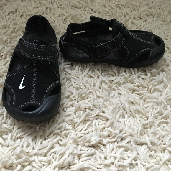Nike Shoes | Nike Water Shoes | Poshmark